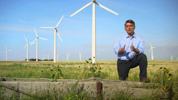 Critics Say Cory Gardner's New Ad Is Full Of Hot Air