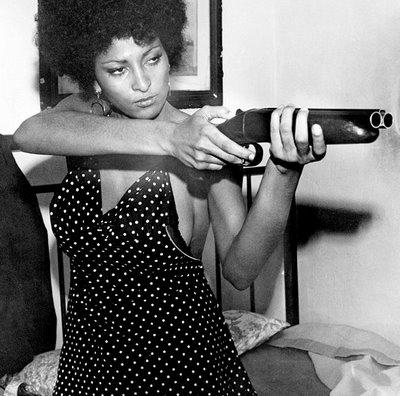 pam-grier with gun