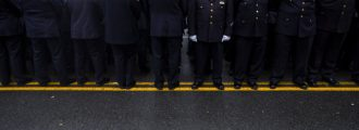 AGAIN: NYPD Cops Turn Their Backs On Mayor De Blasio At Slain Officer's Funeral