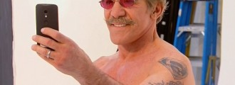 Here's That New Footage of Geraldo Rivera Naked You've Been Dying For