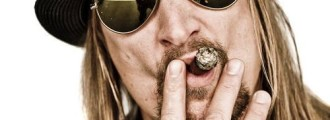 Kid Rock to Michael Moore: 'You're a Piece of Sh*t'